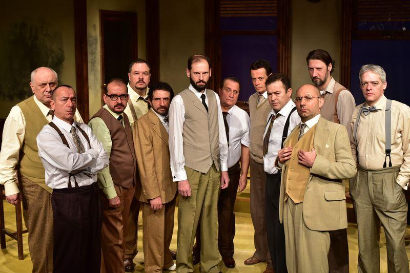 Tizenkét dühös ember a Szolnoki Szigligeti Színházban